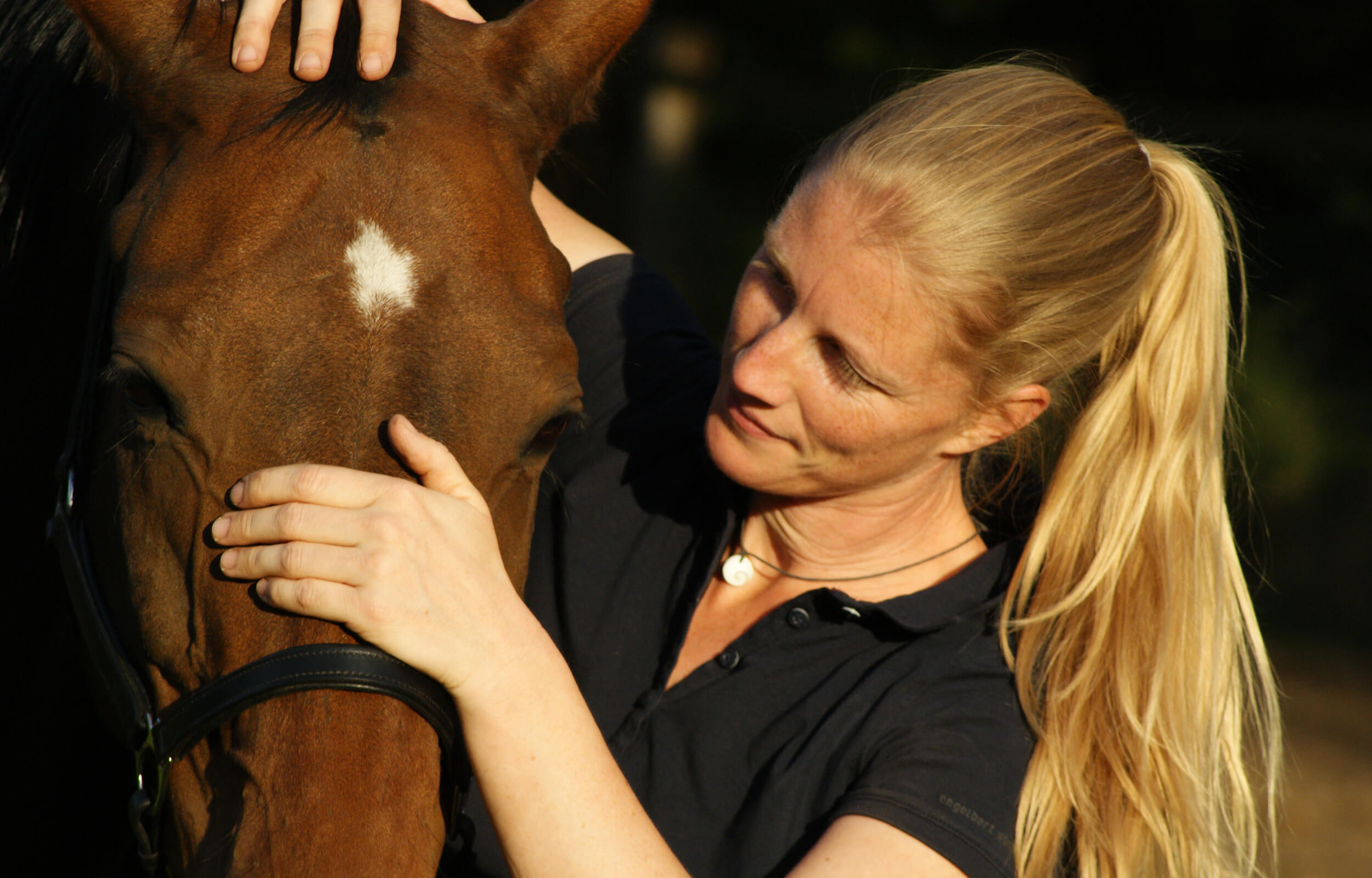Tina Kulbartsch – Dipl. Tierosteopathin und staatl. anerkannte Physiotherapeutin